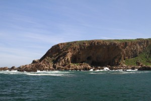 Archaeological cave sites Mossel Bay - in the cliffs below Pinnacle Point Golf Course. Image by Fred Orban