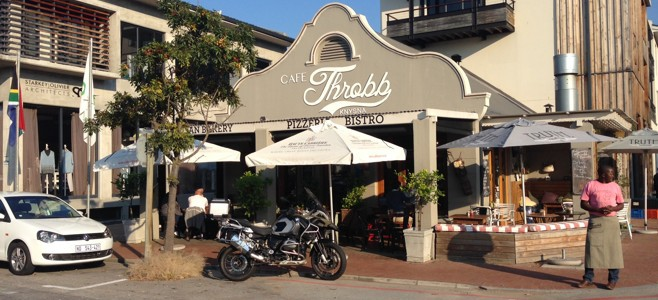 Café Society Knysna: Café Throbb