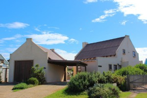 'Ostrero'  - a self-catering house managed by Sandpiper Cottages, Boggomsbaai, near Mossel Bay, Garden Route, South Africa