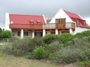 'Strandloper' - a self-catering house managed by Sandpiper Cottages, Boggomsbaai, near Mossel Bay, Garden Route, South Africa